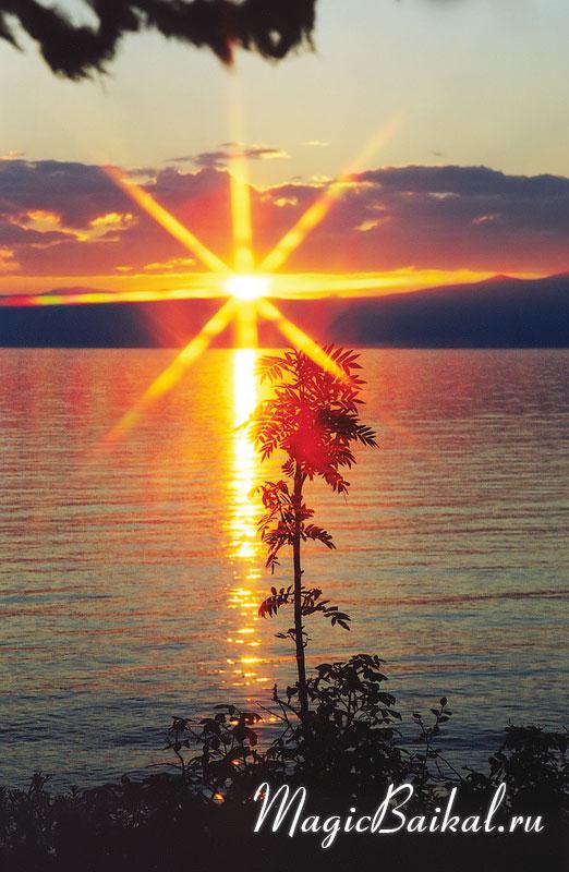 http://www.magicbaikal.ru/album/sunrise/images/lake-baikal-l73f12.jpg
