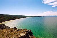 Нюрганская губа. Вид с мыса Саса. Западное побережье острова Ольхон. (42kb)